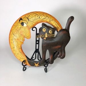 Metal crescent moon and black cat wall decor